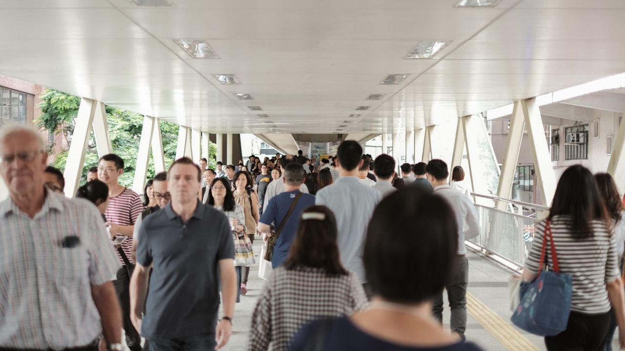 Berapakah Gaji Rata-rata Penduduk Hong Kong Pada tahun 2020?