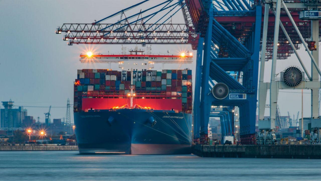 15 Awak Kapal Konteiner Dari Indonesia Dalam Kasus Positif Impor Hari Ini, Pemilik Kapal Tersebut Dicurigai Memberikan Data-Data Palsu Kepada Pemerintah Hong Kong. 17 Kasus Positif Covid-19 Di Hong Kong Pada Hari Ini (27 Agustus 2021)
